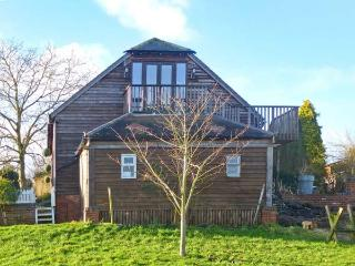 THE STILEHOUSE APARTMENT, studio accommodation, wet room, shared 13 acre of grounds, near Bewdley, Ref 20793