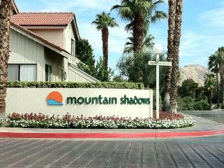 Mountain Shadows 3Br Condo, 6 pools, spa, tennis, Palm Springs