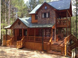 Hilltop Green Manor - Broken Bow vacation rentals