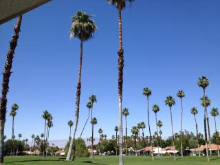 Comfortable and Convenient Rancho Mirage Condo - Rancho Mirage vacation rentals