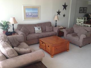 2Bdr/2Bath Oceanfront Condo on the Boardwalk. Free, Virginia Beach