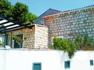 Typical stone house with large terrace & sea view, Mlini