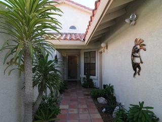 Superb Interior Location - Property ID 41524 W - Palm Desert vacation rentals