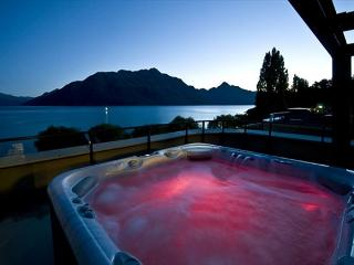 Peppers Waterfront Penthouse 402, Queenstown