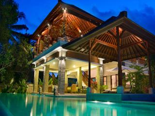 5 Bdr Villa,Stunning,Great Location,Amazing Value! - Seminyak vacation rentals