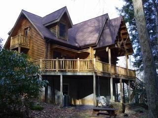 AWESOME LOG CABIN. AVAILABLE SPRING BREAK !!!!, Burnsville