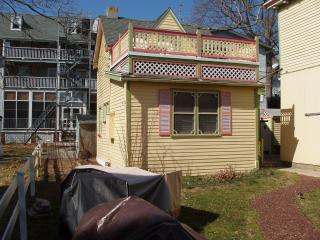 A Victorian Cozy Cottage, walk 2 All! (4 options), Cape May
