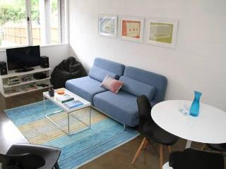 Hip Super Central 1 BR FREE WIFI, Melbourne