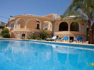 3 bedroom luxury villa with private pool & garden, Teulada