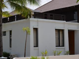 Luxury 3BR beach home on quiet sandy beach, Rayong