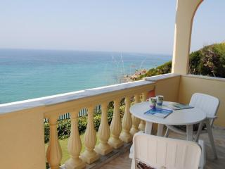 Seahorse Bay, Halikouna, south-west Corfu sleeps 8 - Corfu vacation rentals