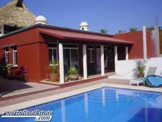 Casa Suzanna: Lovely, 3 BR home with ocean view, Puerto Escondido