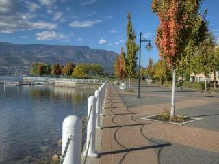 Waterfront Condo in Delta Grand Okanagan Resort, Kelowna