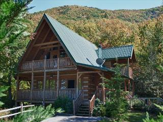One of the Most Relaxing Mountaintop Retreats Around!, Sevierville