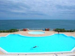 Attractive apartment for 4 persons, with swimming pool , near the beach in Sete - Languedoc-Roussillon vacation rentals