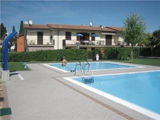 23892-Apartment Lazise, Cola
