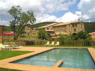 16729-Holiday house Pyrenees, Olius