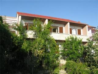 1724-Apartment Rab, Banjol