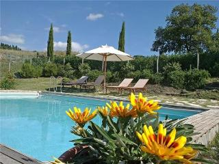 Holiday house for 6 persons, with swimming pool , in Siena - Trequanda vacation rentals