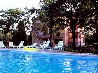 Apartment for 6 persons, with swimming pool , in Umag - Umag vacation rentals