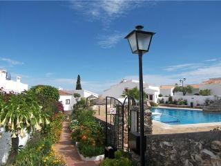 24782-Apartment Nerja