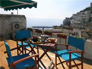 Attractive apartment for 5 persons near the beach in Atrani - Atrani vacation rentals
