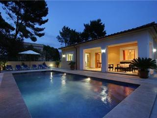Holiday house for 8 persons, with swimming pool , near the beach in Cala San Vicente - Cala San Vincente vacation rentals