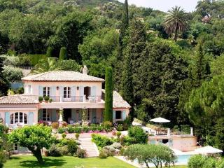 Beautiful French Riviera 5 Bedroom House with a Garden, in St Tropez, Saint-Tropez