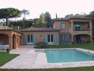 Gassin Vacation Rental with a Pool and Garden, Saint Tropez