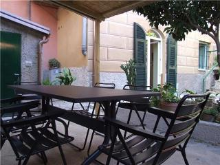 Attractive apartment for 5 persons near the beach in Cinque Terre - Liguria vacation rentals