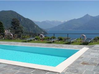 Apartment for 4 persons, with swimming pool , in Menaggio - Menaggio vacation rentals