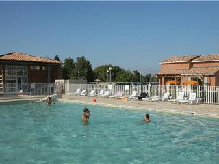 Apartment for 4 persons, with swimming pool , in Avignon - Saint Saturnin les Avignon vacation rentals