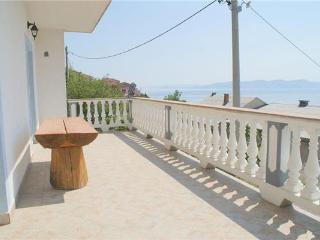 35899-Apartment Senj