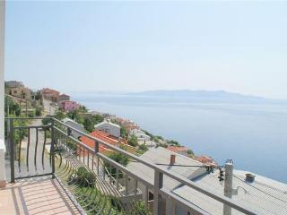 35901-Apartment Senj