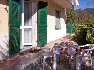 Attractive apartment for 7 persons in Cinque Terre - Liguria vacation rentals