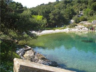 Attractive apartment for 4 persons near the beach in Losinj - Island Losinj vacation rentals