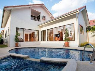 Pattaya - The Grove Villa 5BED, Jomtien - Pattaya vacation rentals