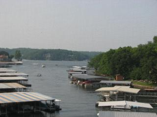 Hotel Alternative - Waterfront Condo - Heron Bay, Osage Beach