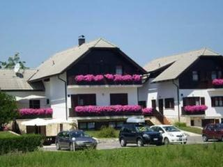 Beautiful apartments for holiday  accomodation, Plitvica