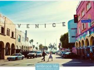 1 Venice Beach Apartment two minutes to the sand! - Venice Beach vacation rentals