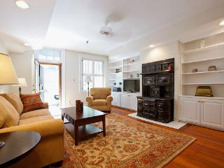 Back Bay Boston Furnished Apartment Rental - 296 Marlborough Street Unit 1