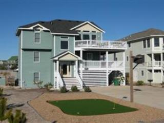 Ocean side house, private pool & hot tub, Pets OK, lighthouse views, VOH10, Corolla