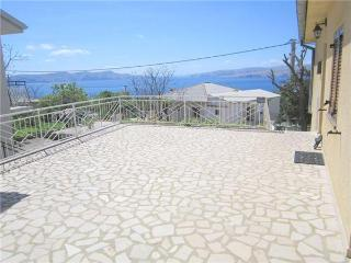 33728-Apartment Senj