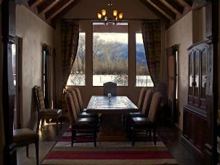 Taos: Sunrise at the dOme , a magnificent property