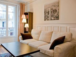 Lepic Retreat - 18th Arrondissement Butte-Montmartre vacation rentals