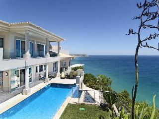 Luxury dream villa,stunning ocean view,heated pool, Vila do Bispo
