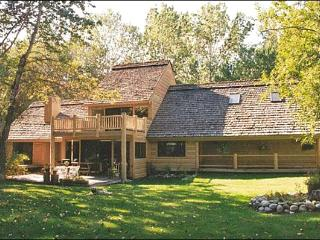 Spacious Retreat with Lots of Light - Located on 1.5 Secluded Acres (1076), Ketchum