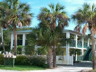 Pineapple Manor  -  Vacation Apartment 'D', Melbourne Beach