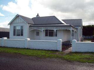 Calgary House & Cottage Accommodation, Killarney