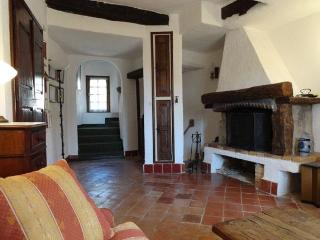 Charming town house in Fayence with 2 terrasses. - Mississippi vacation rentals
